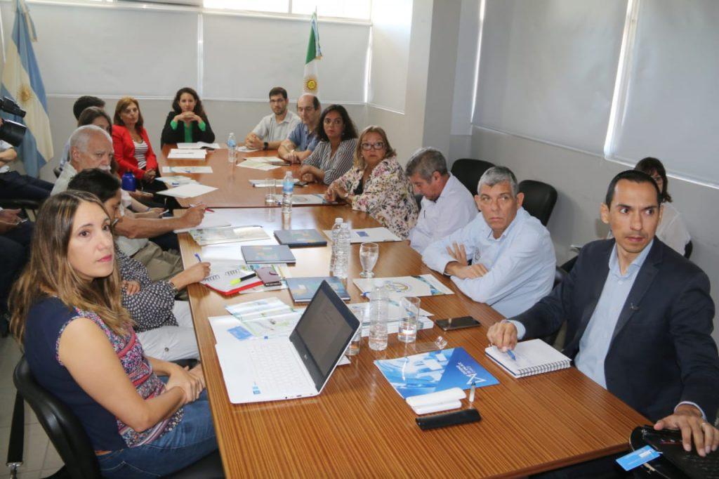 Gobierno avanza en gestiones para la refuncionalización del acceso al puerto de Barranqueras
