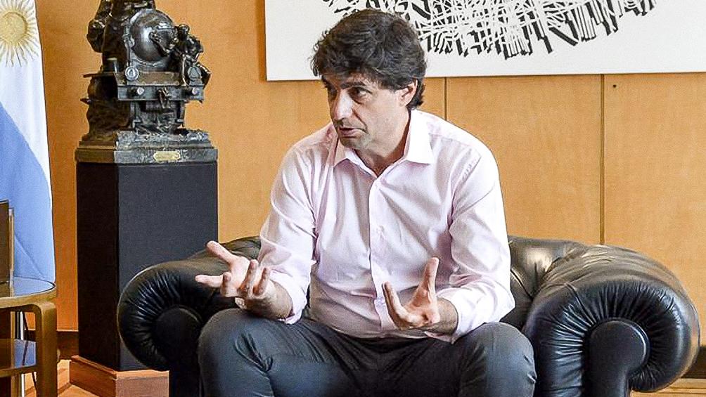 """""""Son medidas antipáticas, fueron para evitar consecuencias peores"""", dijo Lacunza"""