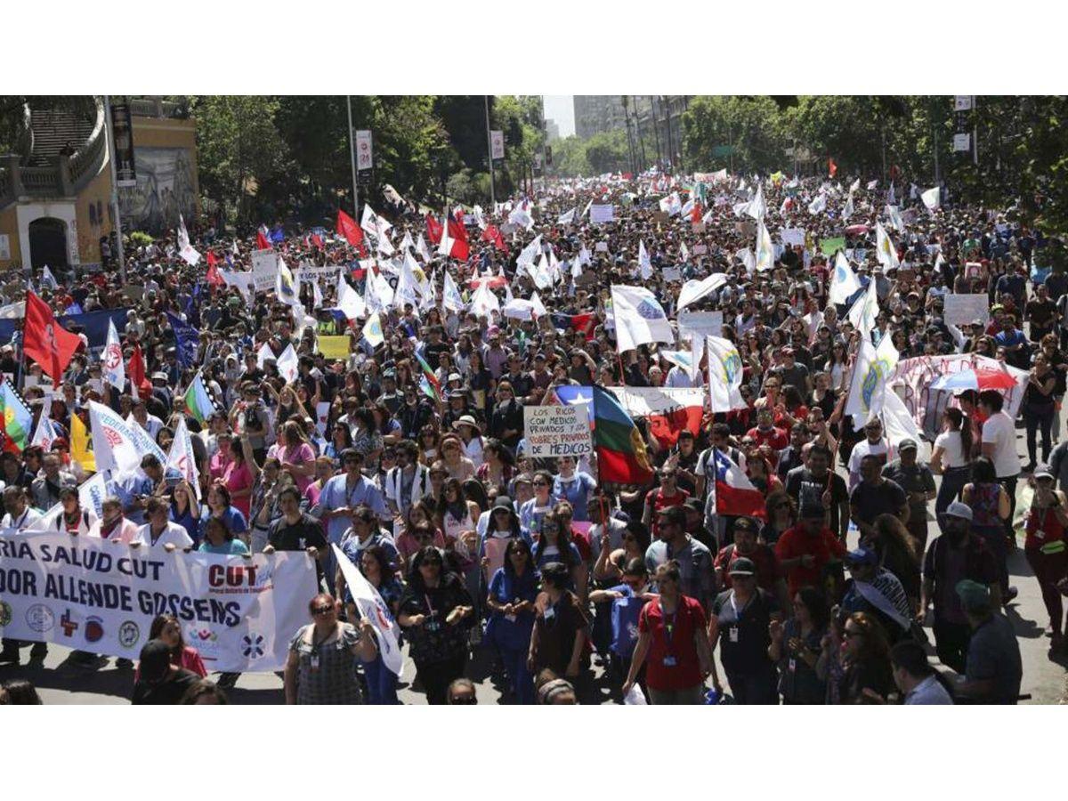 Expertos de la ONU en derechos humanos condenan la represión en Chile