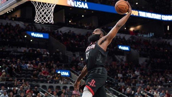 Escándalo en la NBA: no dieron por válida una volcada de James Harden y los Rockets piden que les den por ganado el partido ante los Spurs