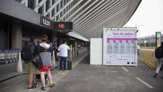 nuevas-restricciones-|-en-las-proximas-horas-se-podria-sumar-la-prohibicion-de-viajes-turisticos