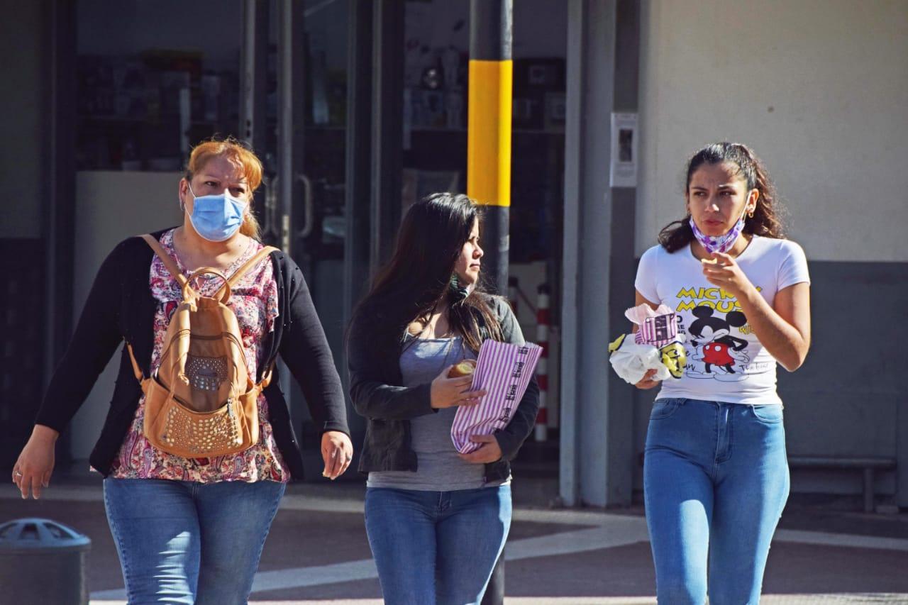 numeros-preocupantes:-chaco-sumo-700-casos-nuevos-y-24-decesos-por-coronavirus-este-martes,-segun-nacion