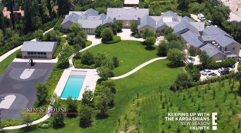 kim-kardashian,-en-guerra-con-sus-vecinos-por-la-construccion-de-un-bunker-subterraneo