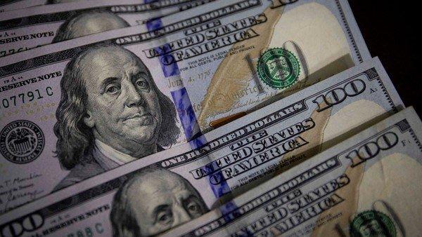 tras-las-paso,-el-dolar-blue-cede-tres-pesos-y-cae-a-$-182