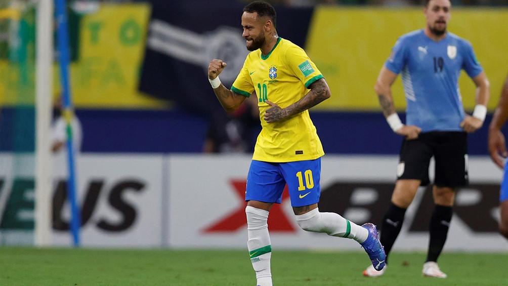 brasil-brindo-una-exhibicion,-supero-a-uruguay-y-esta-a-un-paso-del-mundial